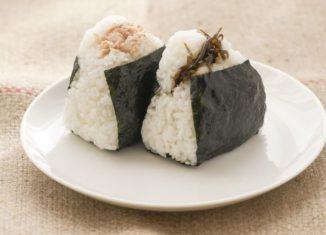 Mâncare japoneza orez