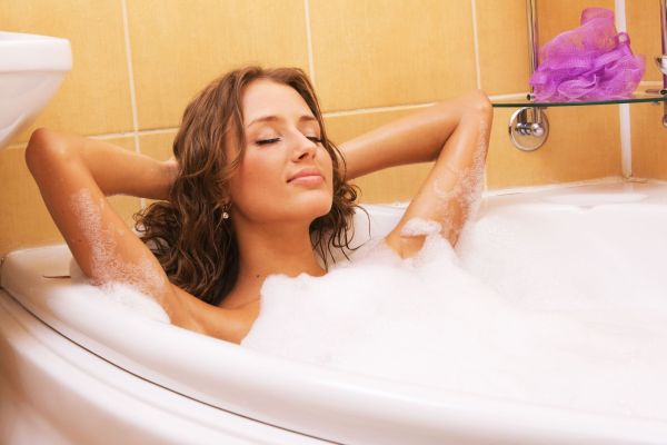 femeie baie fierbinte